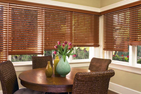 wood blinds in natural color