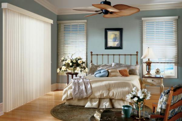 wood blinds/vertical blinds
